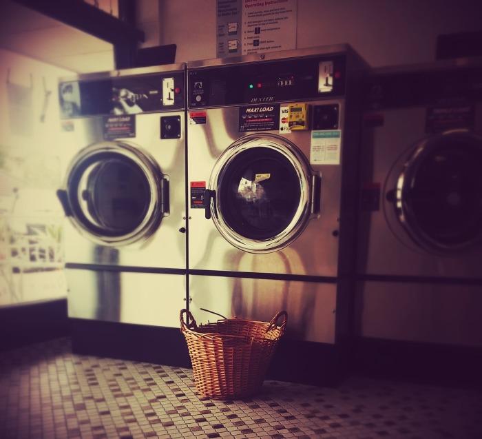 Washing Laundry Launderette Laundromat Washeteria